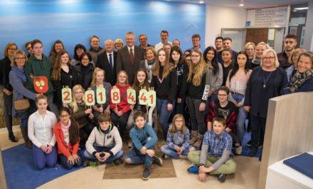 Hildesheimer Schüler spenden 28.184,41 €